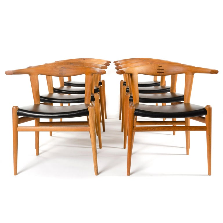PP518 Limited Production Bullhorn Chair Set of 8 by Hans J. Wegner for PP Møbler For Sale 2