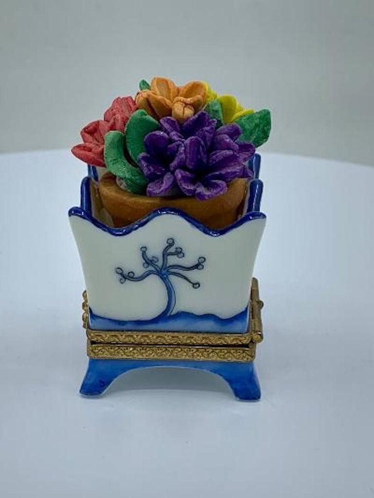 French Limoges France Hand Painted Blue Willow Design Flower Pot Porcelain Trinket Box