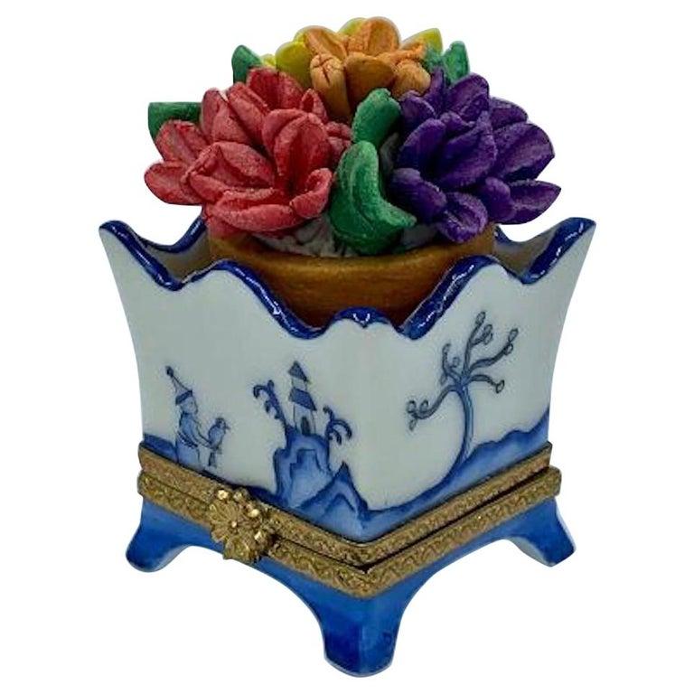 Limoges France Hand Painted Blue Willow Design Flower Pot Porcelain Trinket Box