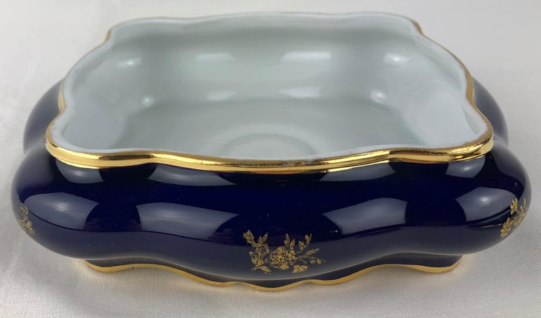 Limoges Porcelain Lidded Candy Dish, Trinket or Jewelry Box For Sale 2