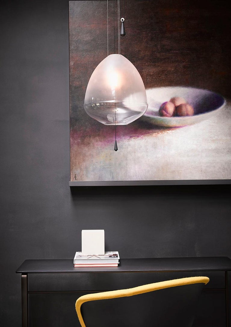 Limpid Light M-clear, Pendant Light, Decorative Light, Hand Blown Glass, Europe In New Condition For Sale In Eindhoven, NL