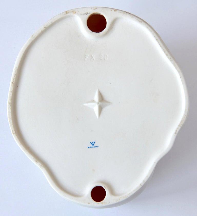 """Porcelain """"L'Inconnue de la Seine"""""""