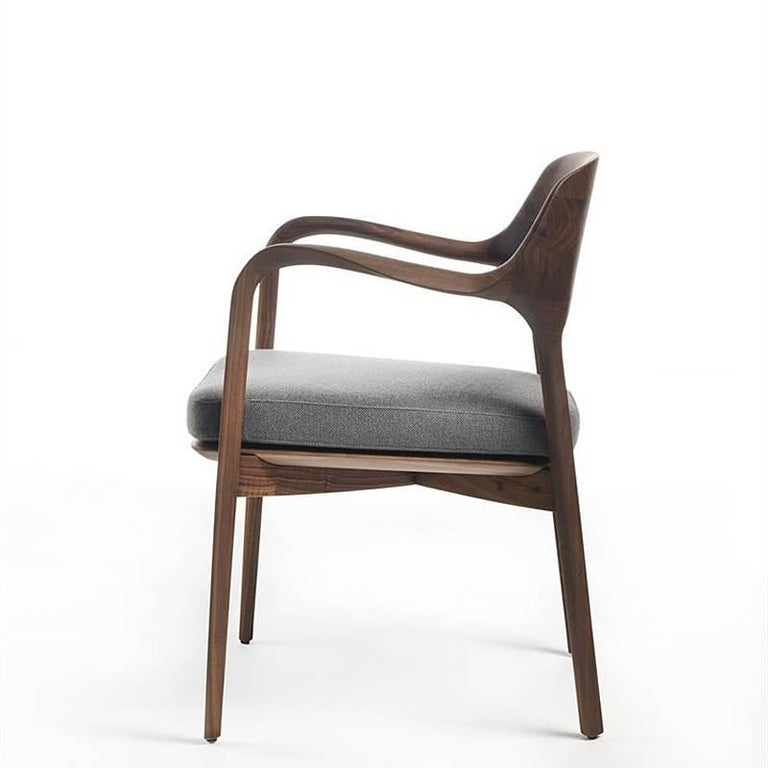 Linea Armchair in Solid Walnut In Excellent Condition For Sale In Paris, FR