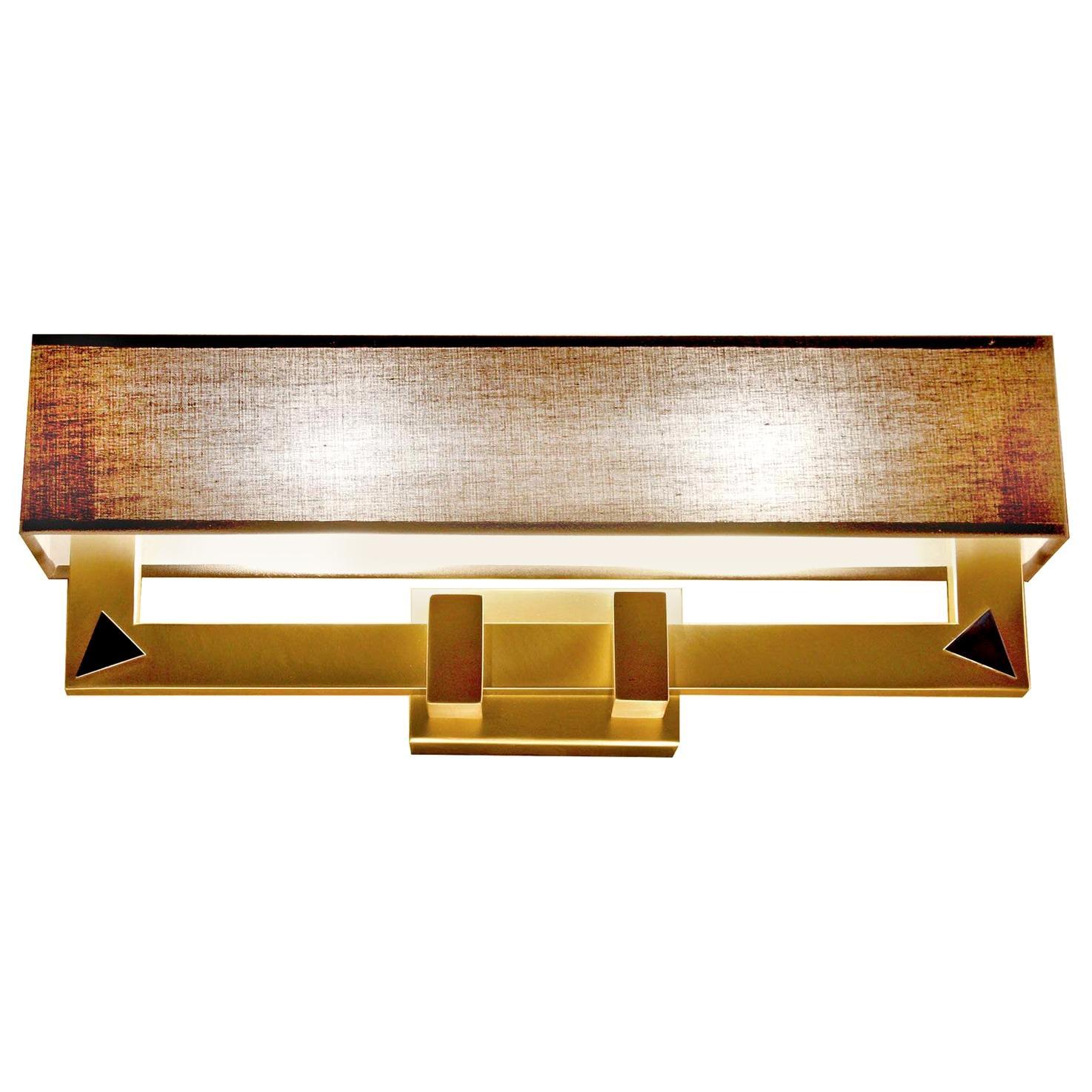 Linea-V Wall Lamp