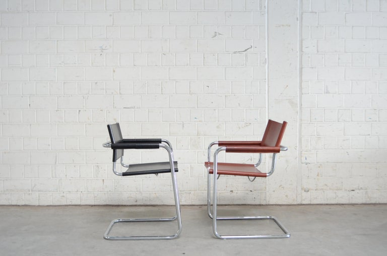 Linea Veam Cantilever Black Saddle Leather Chair 3