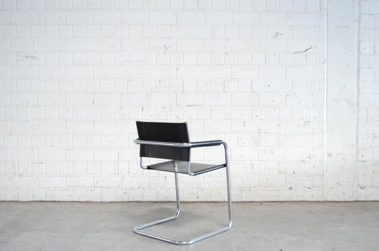 Late 20th Century Linea Veam Cantilever Black Saddle Leather Chair