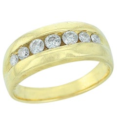Linear Round Cut White Diamond Ring in Yellow Gold
