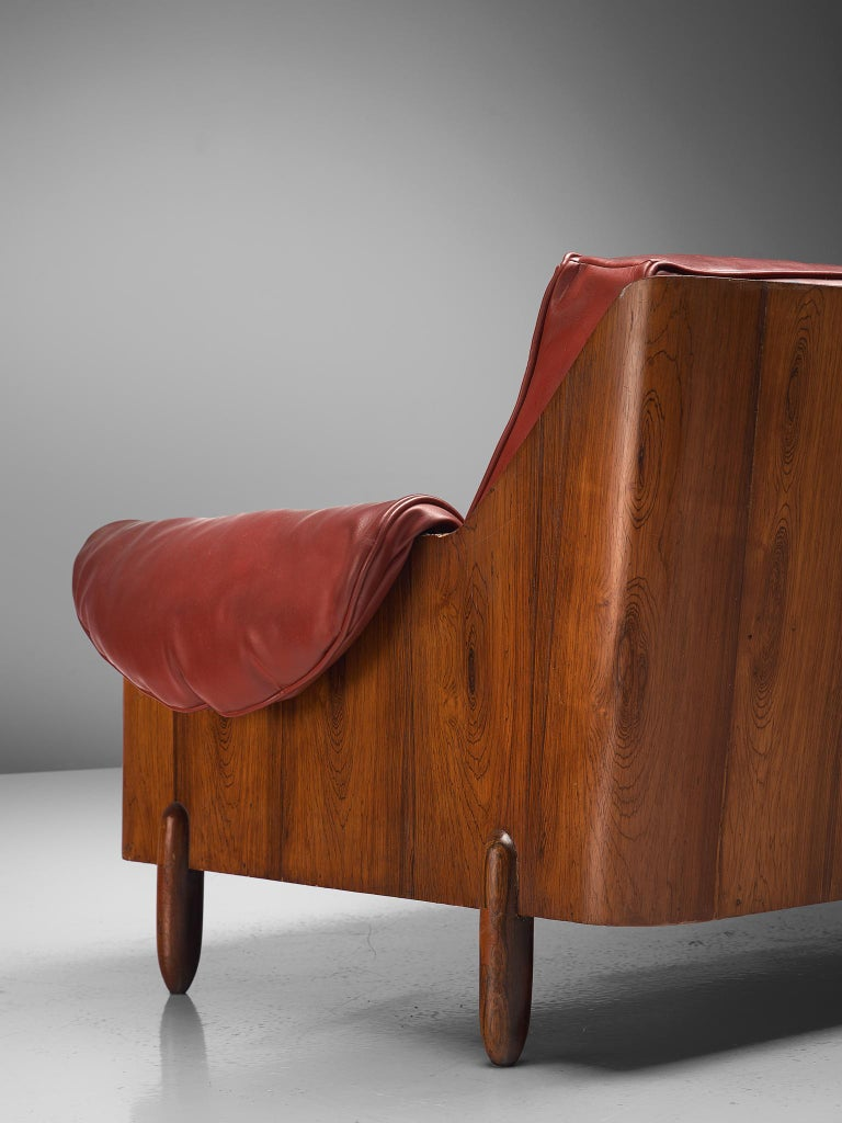 Mid-20th Century Lineart Moveis e Decoracoes Customizable Sofa in Rosewood For Sale