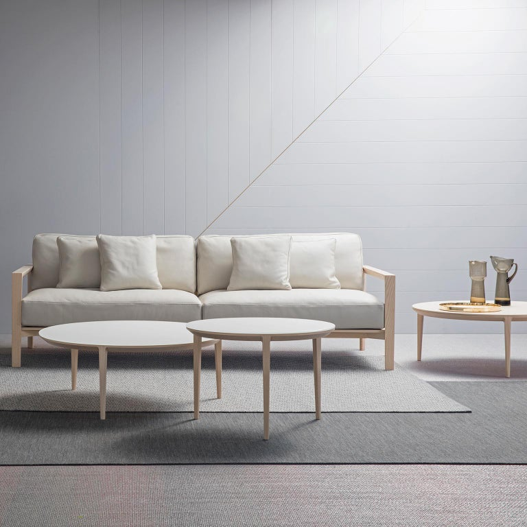 Ling Sofa In New Condition For Sale In Sydney, NSW