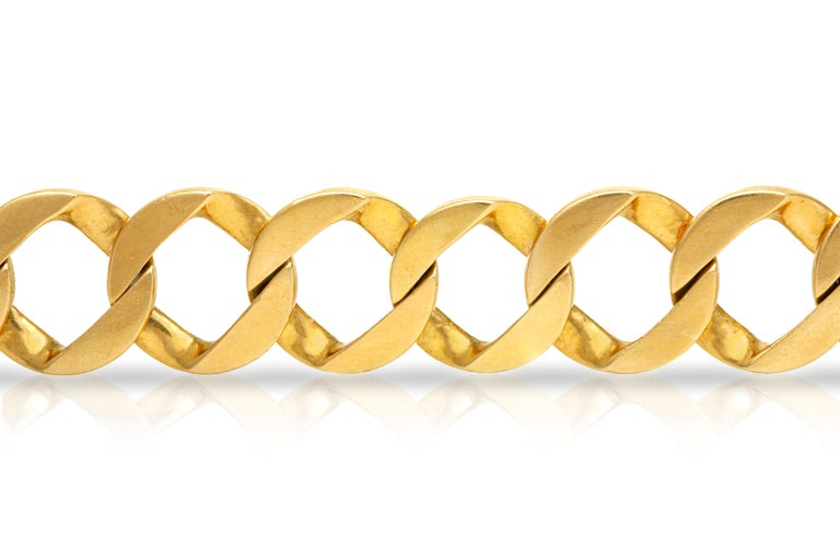 Bracelet, finely crafted in 14k yellow gold weighing 49.2 DWT. Circa 1970's.