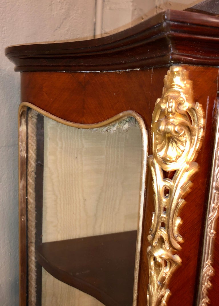 Bronze Linke Style Louis XV Curio / Vitrine Cabinet 19th-20th Century, Bombe Inlaid For Sale