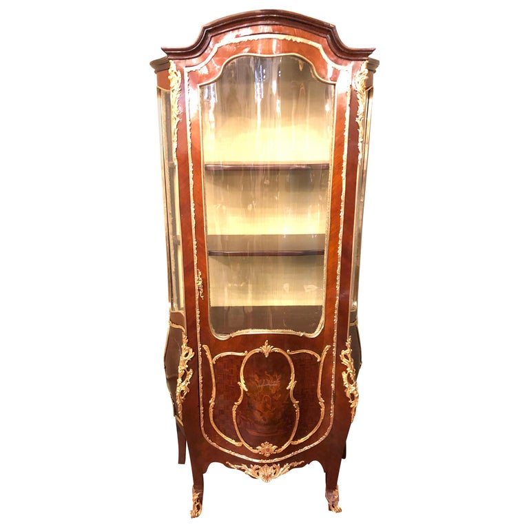Linke Style Louis XV Curio / Vitrine Cabinet 19th-20th Century, Bombe Inlaid For Sale