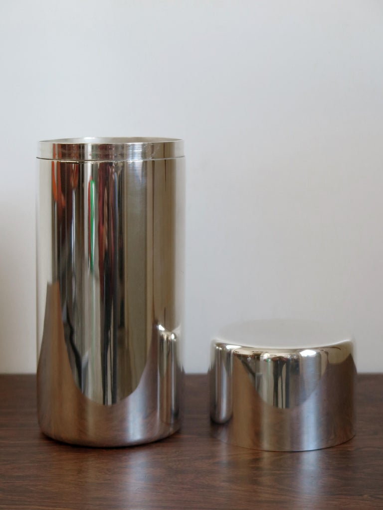 Italian Mid-Century Modern design cylindrical container for breadsticks or decorative box in silver metal designed by Lino Sabattini, engraved Sabattini Made in Italy under the base, 1960s  Please note that the item is original of the period and