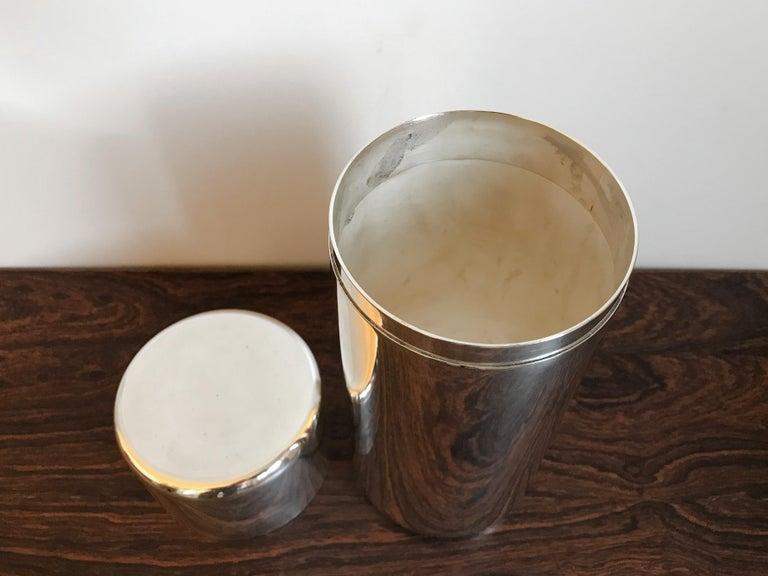 Lino Sabattini Made in Italy Decorative Box in Silver Metal, 1960s In Good Condition For Sale In Modena, IT