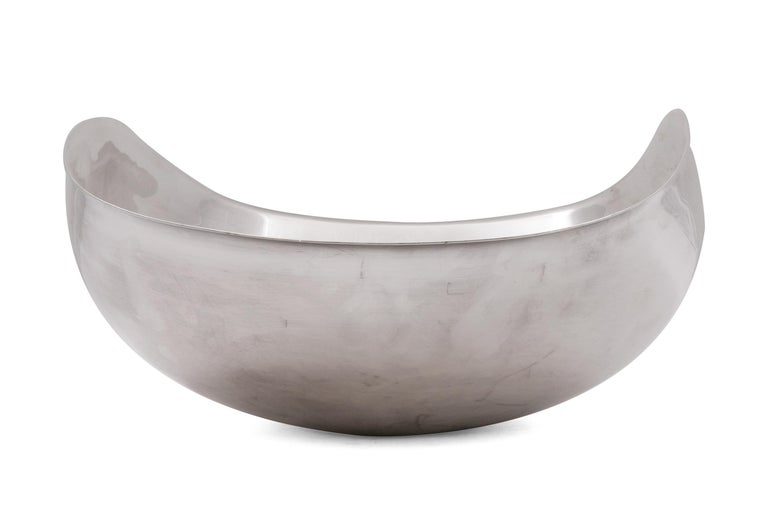 Italian Lino Sabattini Signed Sculptural Silver Plate Centrepiece Bowl, Italy 1970s For Sale