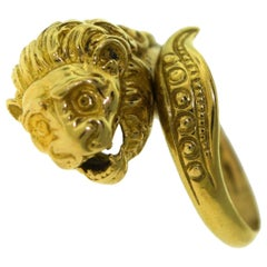 Lion Head 18 Karat Yellow Gold Finger Wrap Ring
