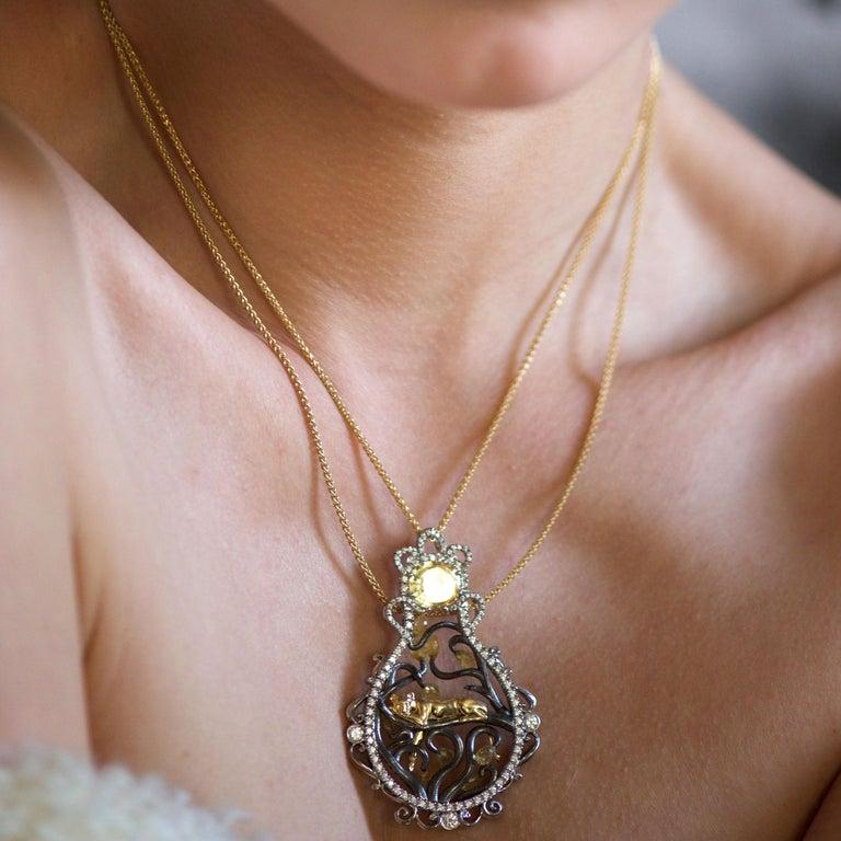 Brilliant Cut 18 Karat Yellow Gold 3.8 Carat Sapphire Briolettes Diamonds Pendant Necklace For Sale