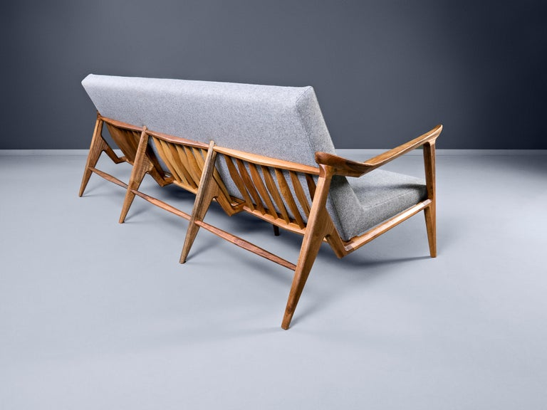 Lipa, Contemporary Wool Upholstered Three-Seat Sofa in Natural Oiled Walnut In New Condition For Sale In New York, NY