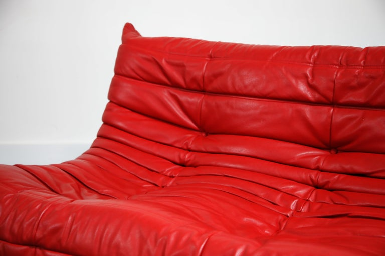 Lipstick Red Leather Togo Sofa by Michel Ducaroy for Ligne Roset, Signed, 1980s For Sale 7