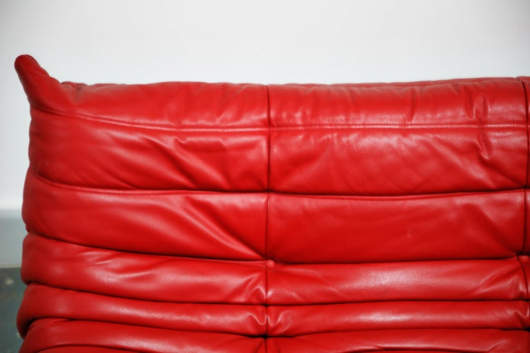 Lipstick Red Leather Togo Sofa by Michel Ducaroy for Ligne Roset, Signed, 1980s For Sale 8