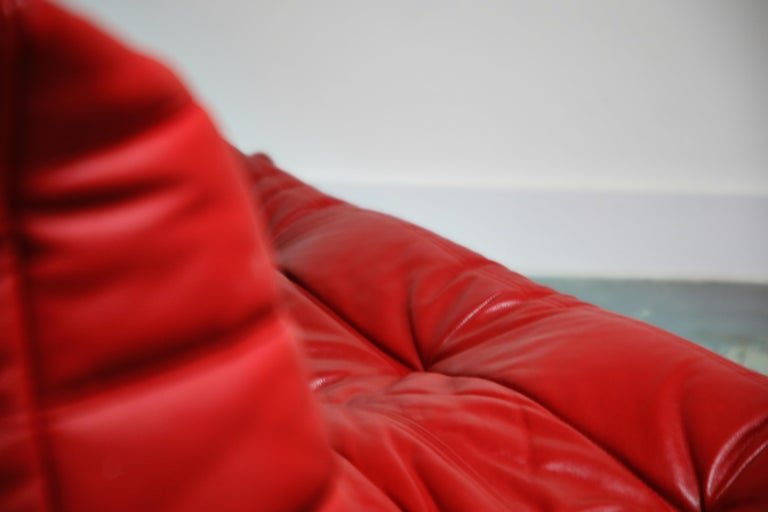 Lipstick Red Leather Togo Sofa by Michel Ducaroy for Ligne Roset, Signed, 1980s For Sale 10