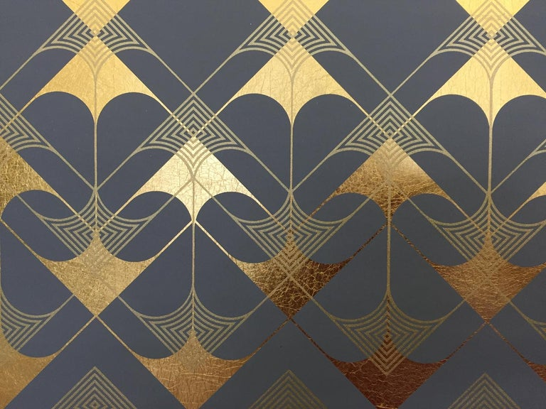 Lisa Hunt's Crossing Arrows Grey is an abstract screen printed work on gold leaf paper with black and metallic gold ink. The overlapping open and ruled arrows are graphic and form a symmetrical repeat pattern. The print is trimmed with the image