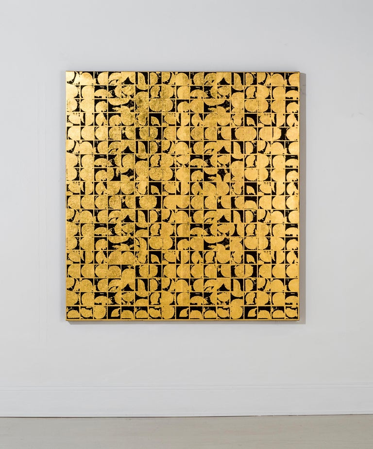 Lisa Hunt's Rounds Positive Canvas I is an abstract screen printed work on canvas, painted with acrylic paint and hand-applied 24K gold leaf. It is a graphic, gridded abstract pattern consisting of repeated with coil shapes. The works on canvas in