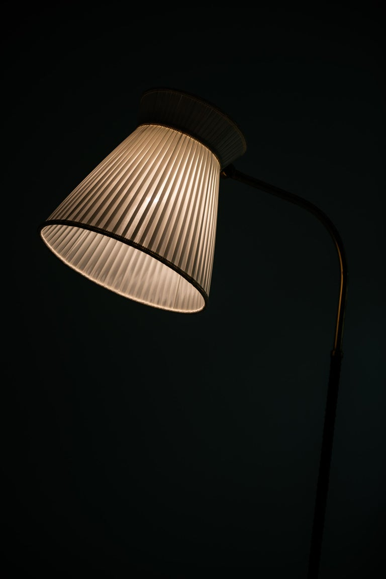 Lisa Johansson-Pape Floor Lamp by Orno in Finland For Sale 3