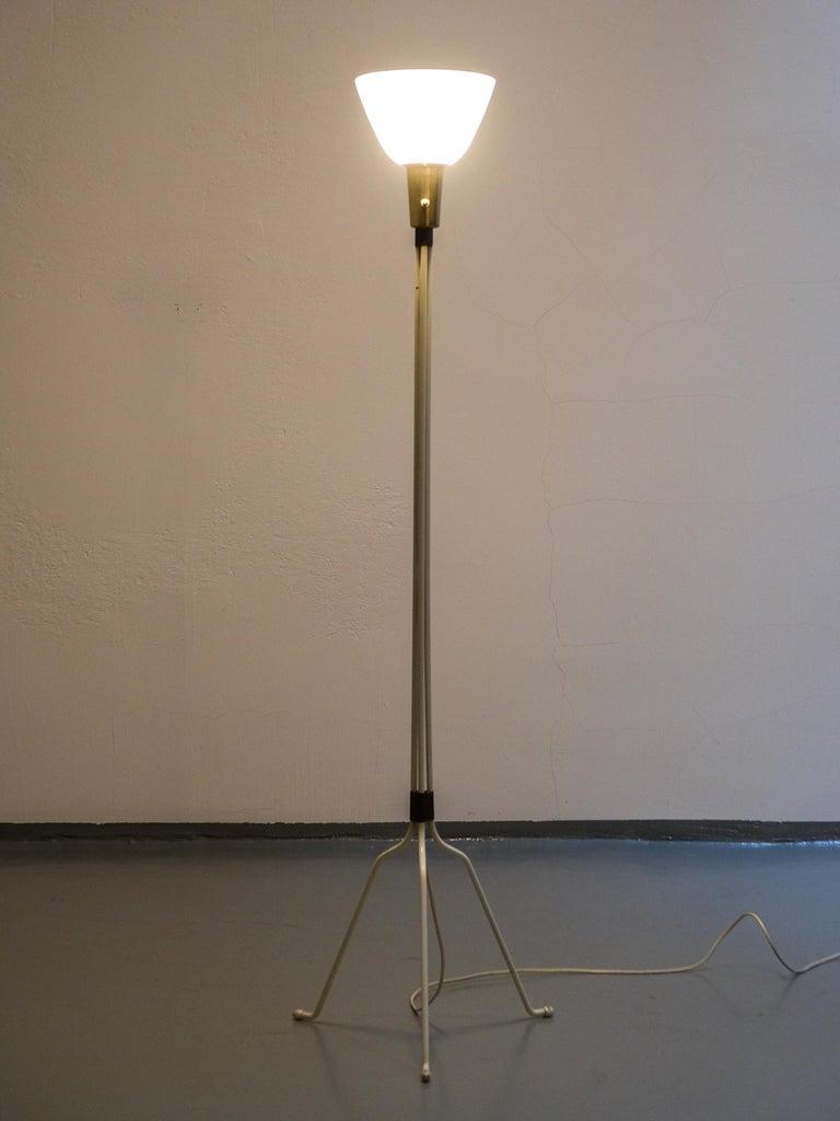 Lisa Johansson-Pape Model '30-058' Floor Lamp for Orno, Finland, 1950s 4