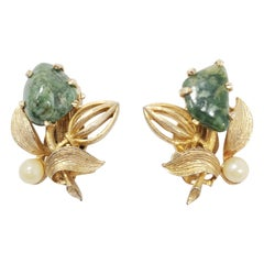 Lisner Vintage Floral Faux Pearl and Malachite Clip on Earrings in Gold