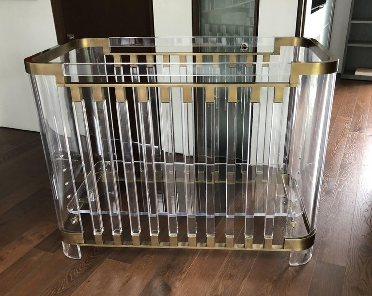 Stunning and beautiful baby crib designed and manufactured in Los Angeles California in 2016 by Amparo Calderon Tapia as part of the