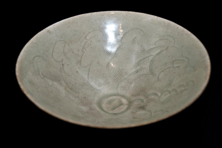 Little Circular Chinese Stoneware Bowl Sung 1 Period, 12th-14th Century In Good Condition For Sale In Roma, IT