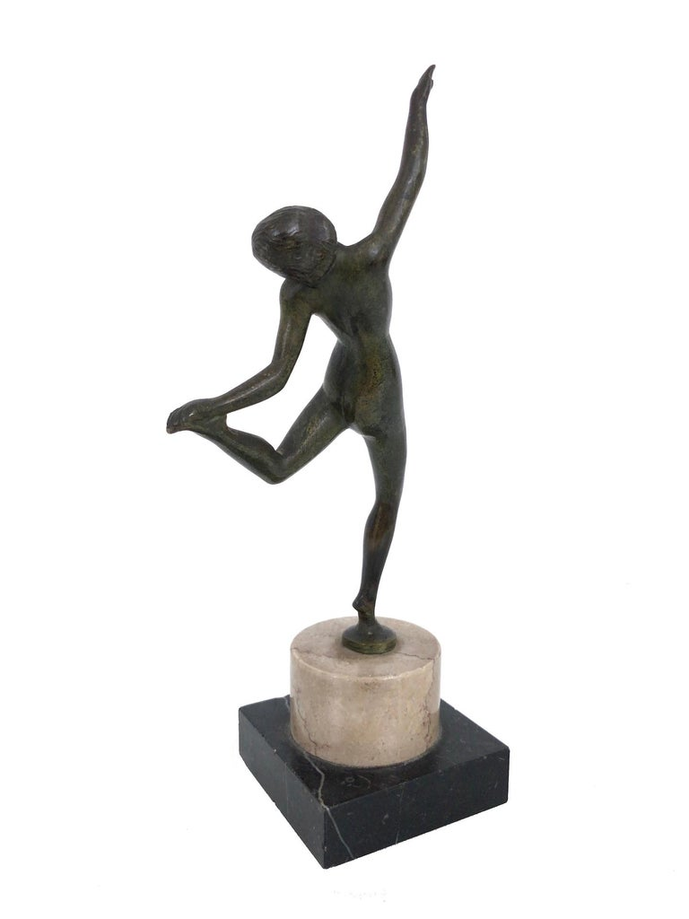 French Little Dancing Bronze Sculpture, Art Deco, France, 1930s For Sale