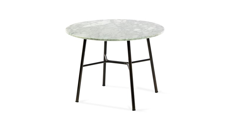 Italian Little Table Yuki, Metal Frame, Round, White Color, Design, Coffee Table, Marble For Sale