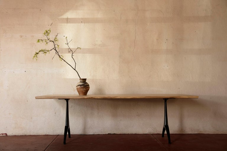 Live Edge Dining Table Light Color Wood on Black Patina Cast Wishbone Base In New Condition For Sale In Birmingham, AL