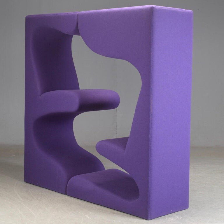 Space Age Living tower in purple fabric by Verner Panton for Vitra For Sale