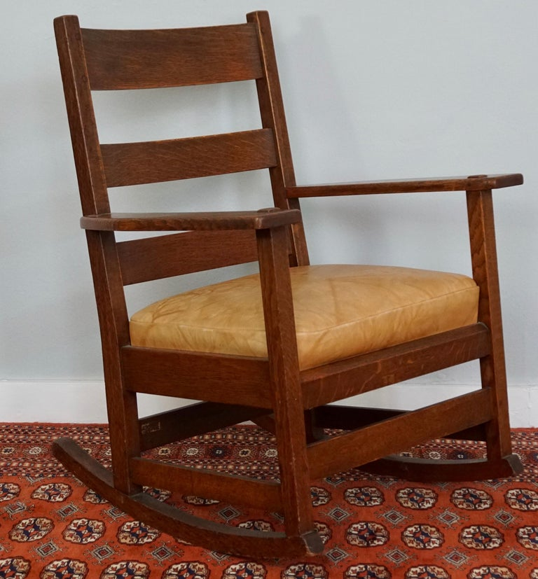 L&JG Stickley Rocking Armchair Rocker #827 For Sale at 1stdibs