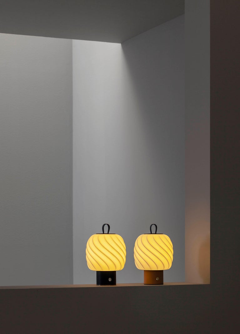 Spanish Lladro Medium Ice Cream Portable Lamp For Sale