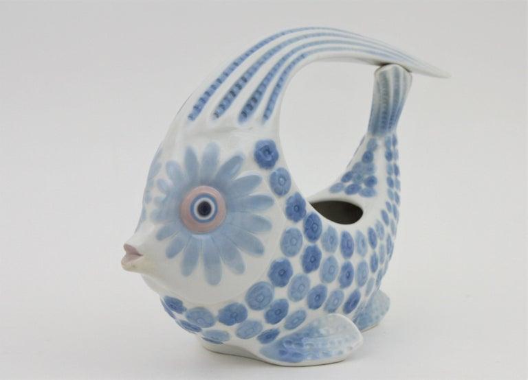 Spanish Lladró Porcelain Blue and White Fish Figure Centerpiece or Planter, Spain, 1970s For Sale