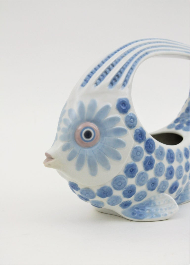 Late 20th Century Lladró Porcelain Blue and White Fish Figure Centerpiece or Planter, Spain, 1970s For Sale