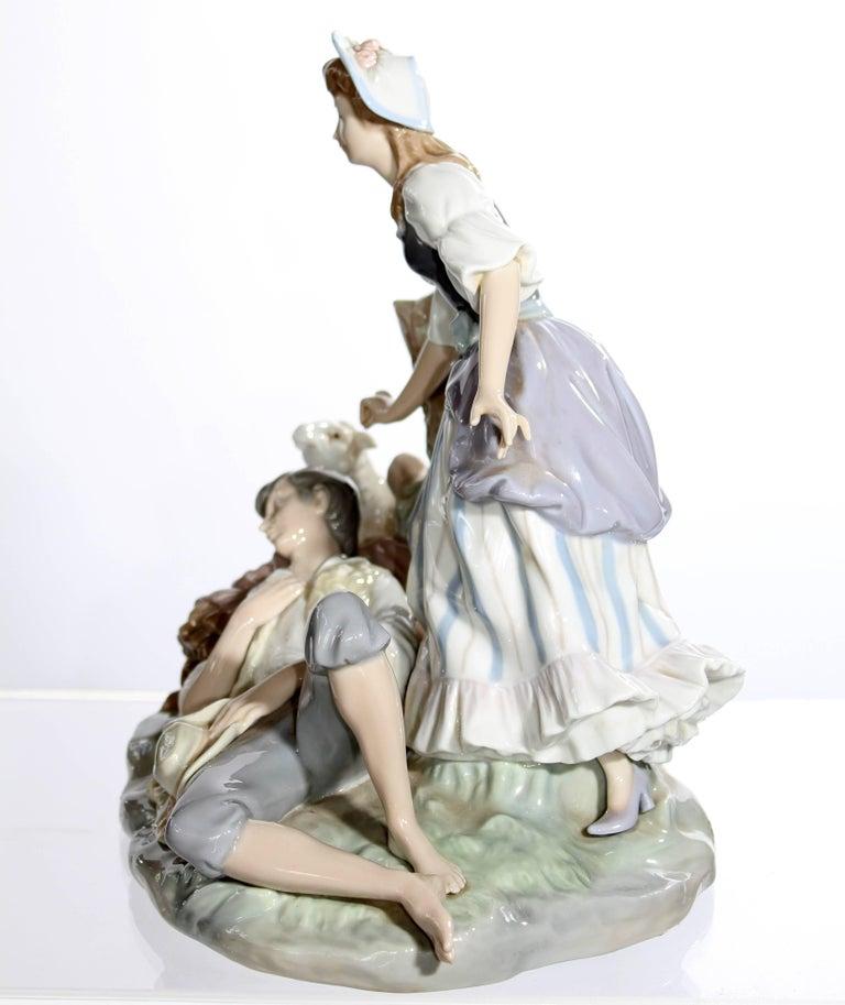 Spanish Lladro Porcelain Sculpture For Sale