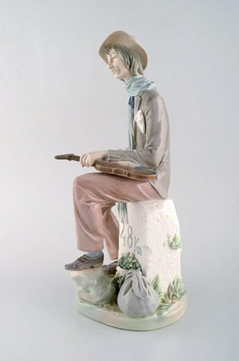 Lladro, Spain. Large porcelain figure, Troubadour, 1980s-1990s. Measures: 35 x 15 cm. In very good condition. Stamped.