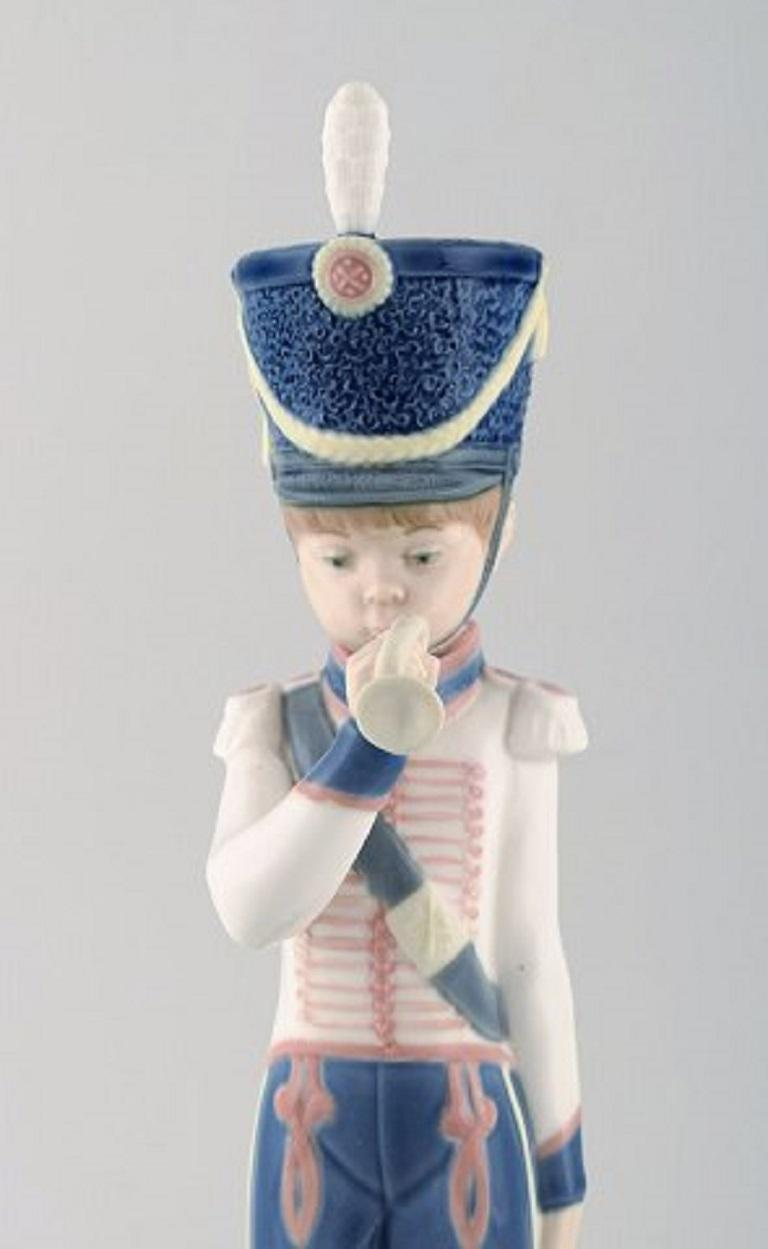Spanish Lladro, Spain, Two Porcelain Figurines, Guard Boys, 1980s-1990s For Sale