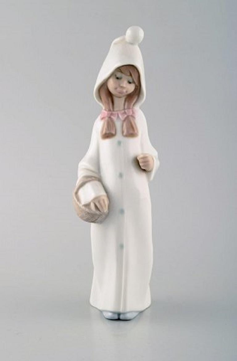 Lladro, Tengra and Zaphir, Spain, Four Porcelain Figurines of Children For Sale 1