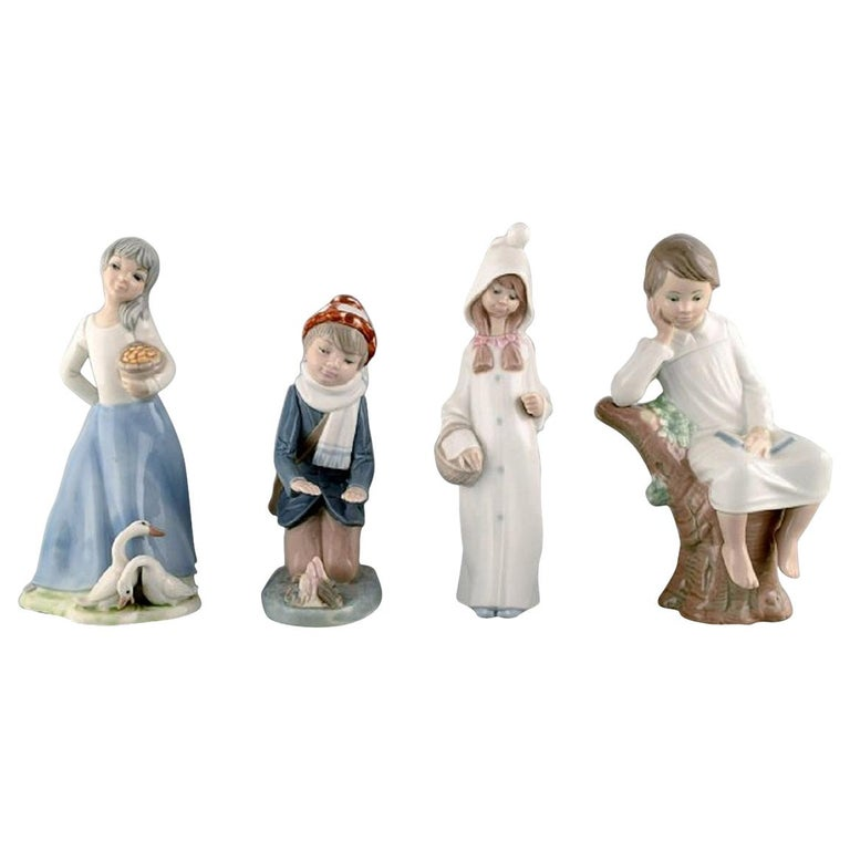 Lladro, Tengra and Zaphir, Spain, Four Porcelain Figurines of Children For Sale
