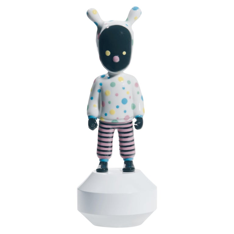 Lladro the Guest Small Figurine by Devilrobots, Numbered Edition For Sale