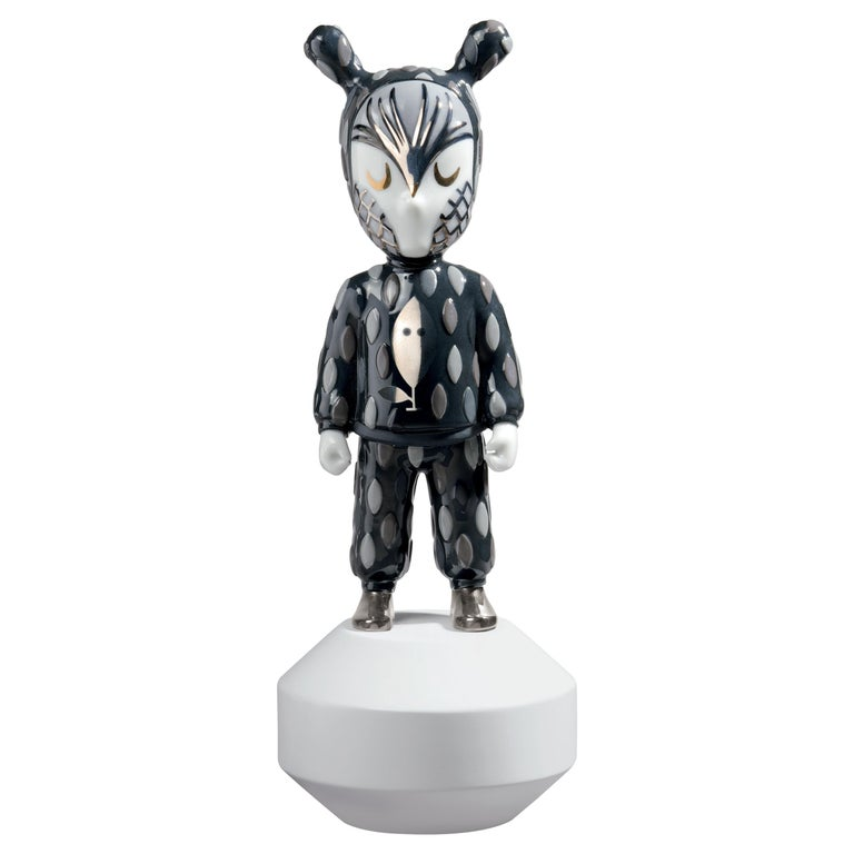 Lladro The Guest Small Figurine by Rolito, Numbered Edition For Sale