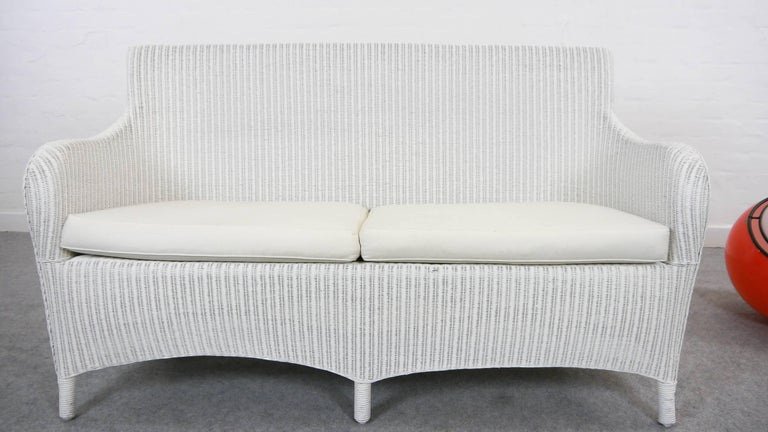 Beautiful Lloyd Loom Two-Seat Wicker Bench/Sofa in White by Welle, Germany  EY95