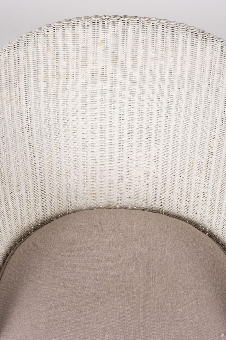 Lloyd Loom Style White Painted Wicker Chair For Sale 3