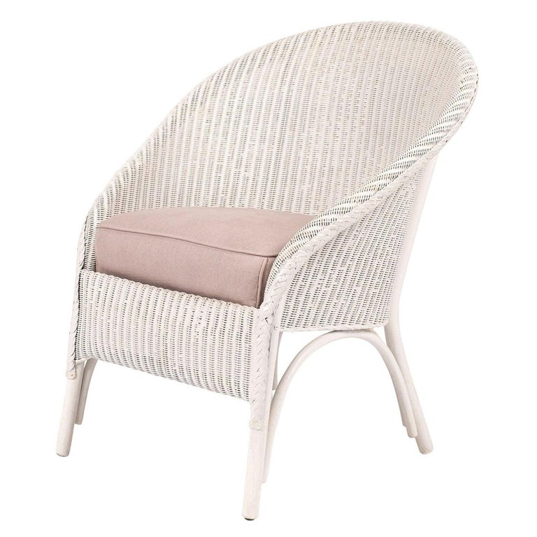 Lloyd Loom Style White Painted Wicker Chair For Sale